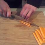 Stap 4: Snijd reepjes van de plakken